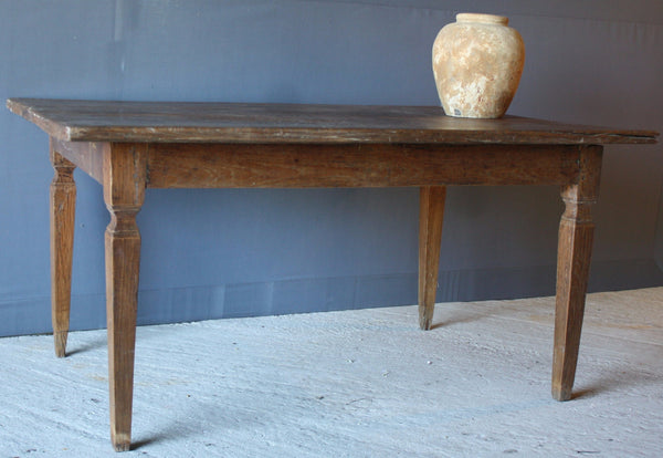 Dutch Colonial 3 Board Top Dining Table