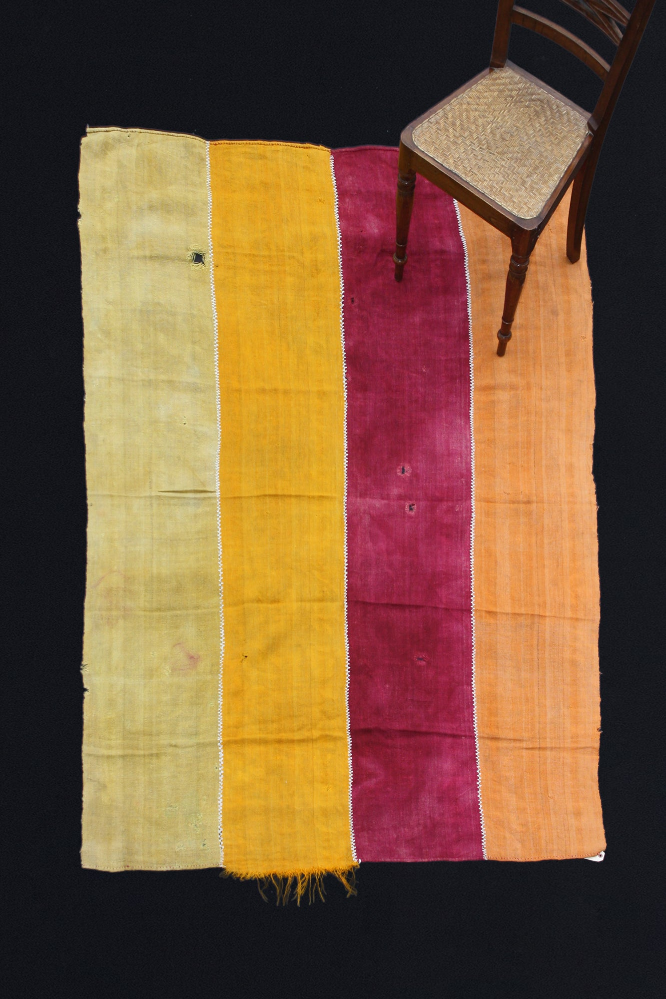 "4-Band Sevas Perde-Light Green, Yellow, Amethyst And Pale Orange (4' 11"" x 8' 3"")"