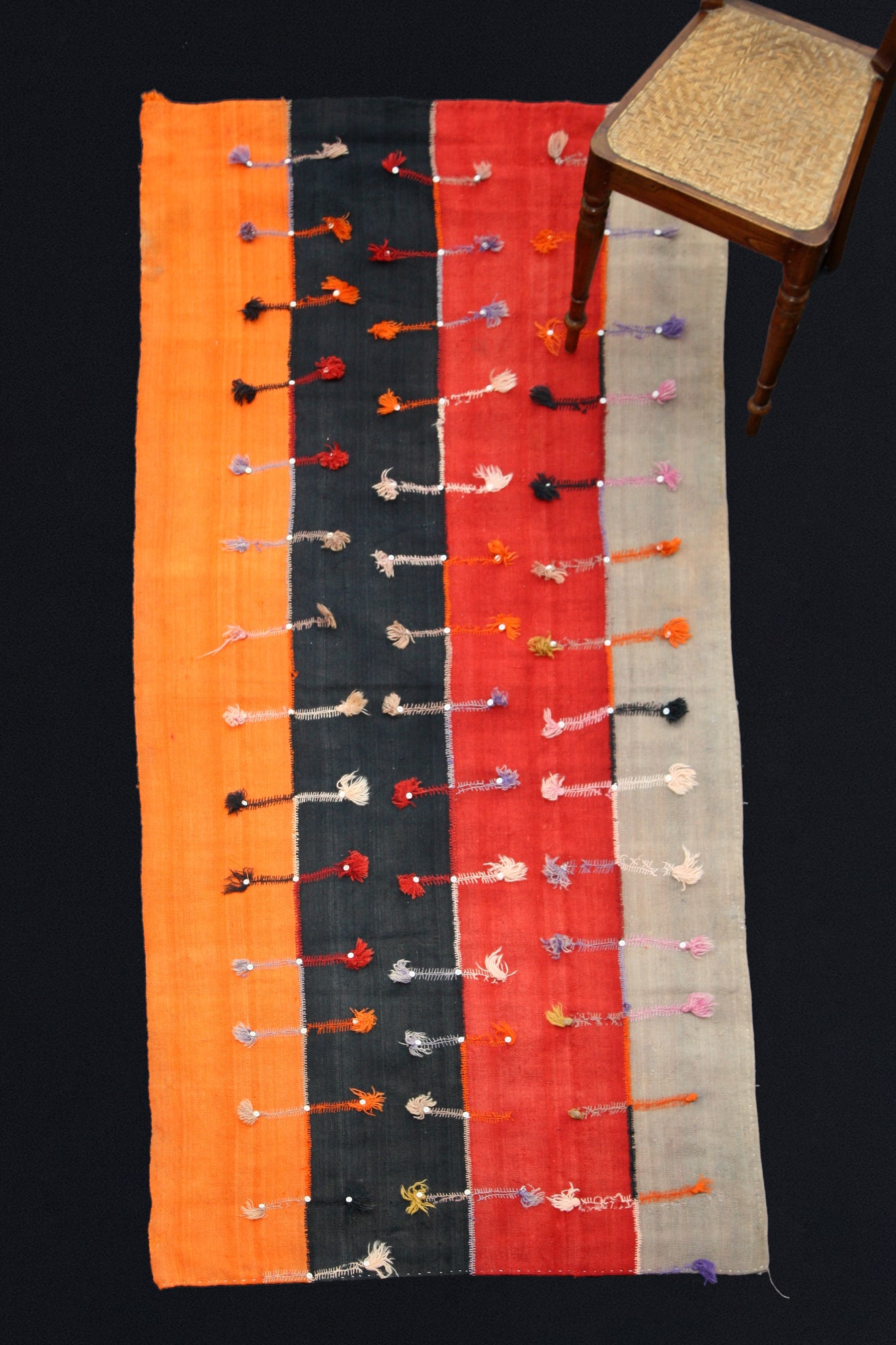 "4 Band Sevas Perde In Orange, Black, Red And Grey With Decoration  (3' 10"" x 8' 8"")"