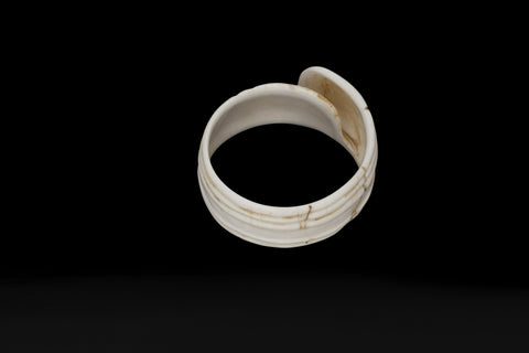 White Shell Bracelet from Iryan Jaya