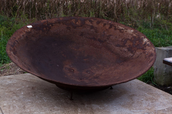 Large Batik Dying Iron Basin on Stand
