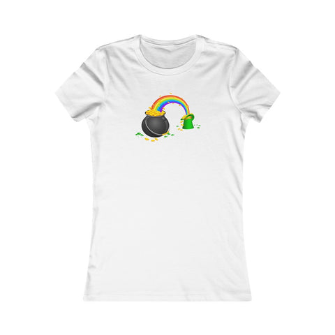 St Patrick's Day Pot of Gold Rainbow Leprechaun Hat Women's Favorite Tee