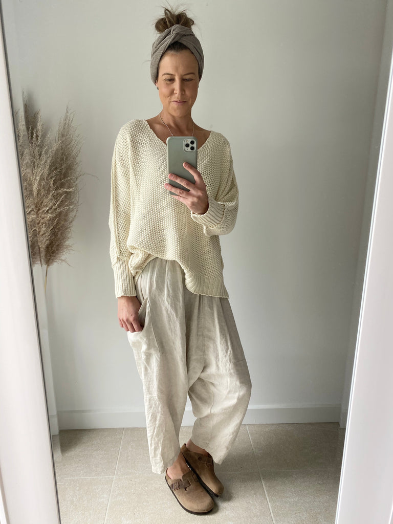 Chunky V-Neck Jumper Cream