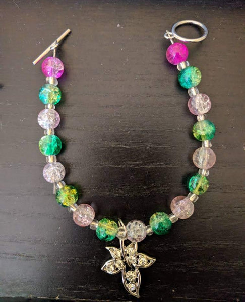 Pink and Green Crackle Beaded Bracelet with Rhinestone Ivy Leaf Charm