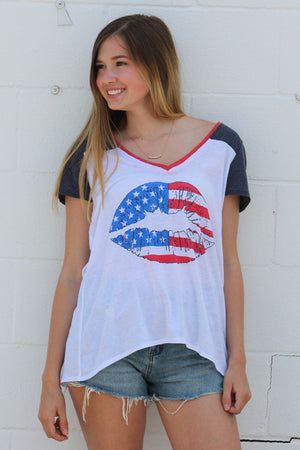 Chaser Brand American Kiss Tee - Savoir-Faire | Women's Clothing Boutique