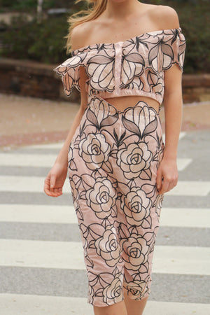 Full Bloom Embroidered Pencil Skirt