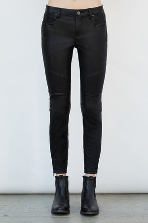 Blank NYC Snap Queen Denim - Savoir-Faire | Women's Clothing Boutique