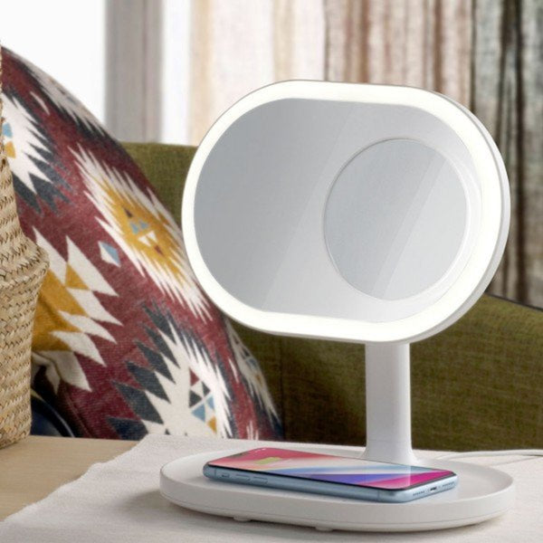 MOMAX 4 in 1 Lights 5X Makeup Mirror/Wireless Charging Pad/Bluetooth Speaker - Materiol