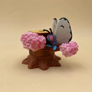 6 em 1 Árvore Diorama Pokemon Pikachu Squirttle Butterfree.