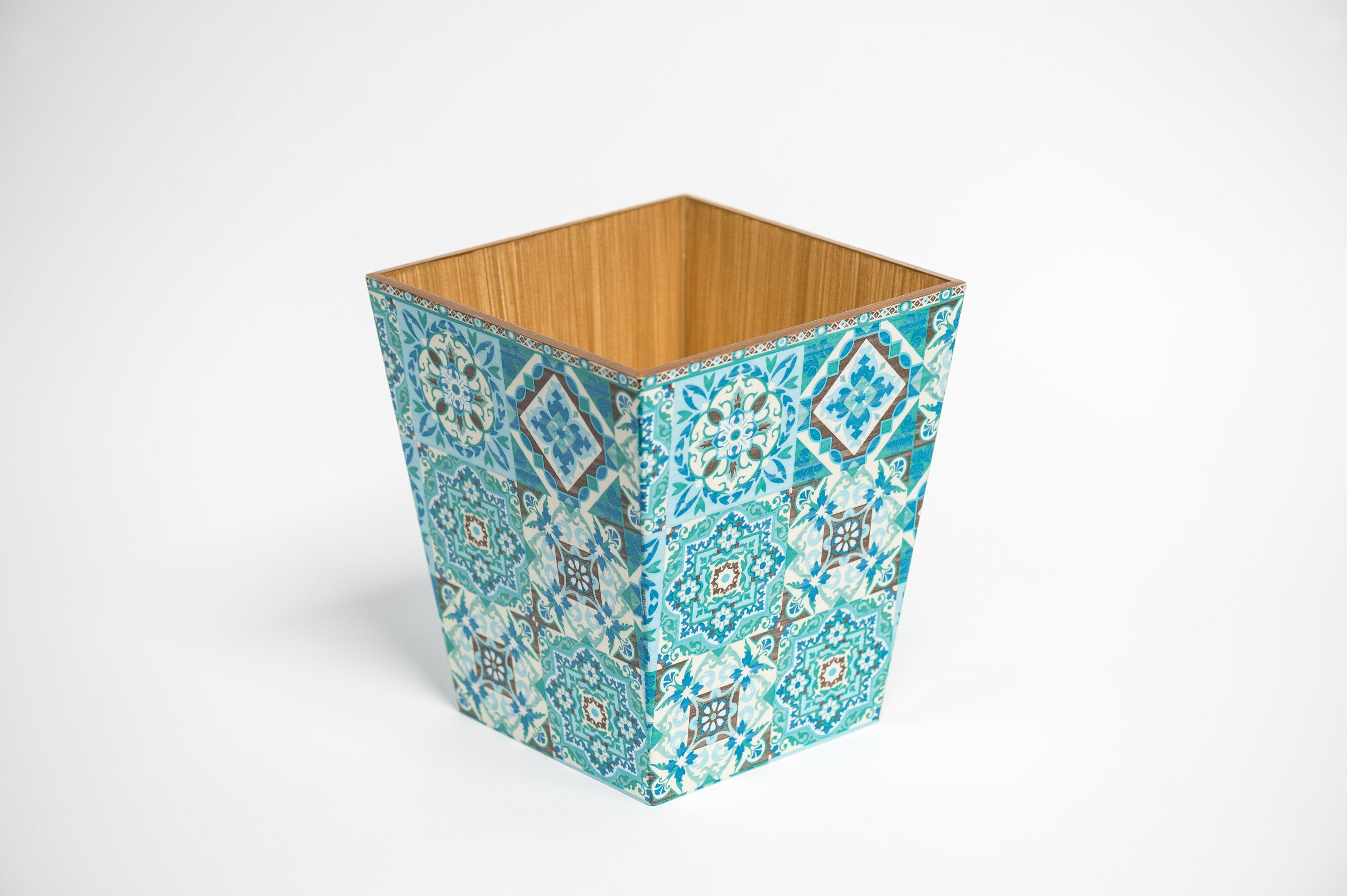 Blue Tiles Waste Paper Bin & Tissue Box Cover Set