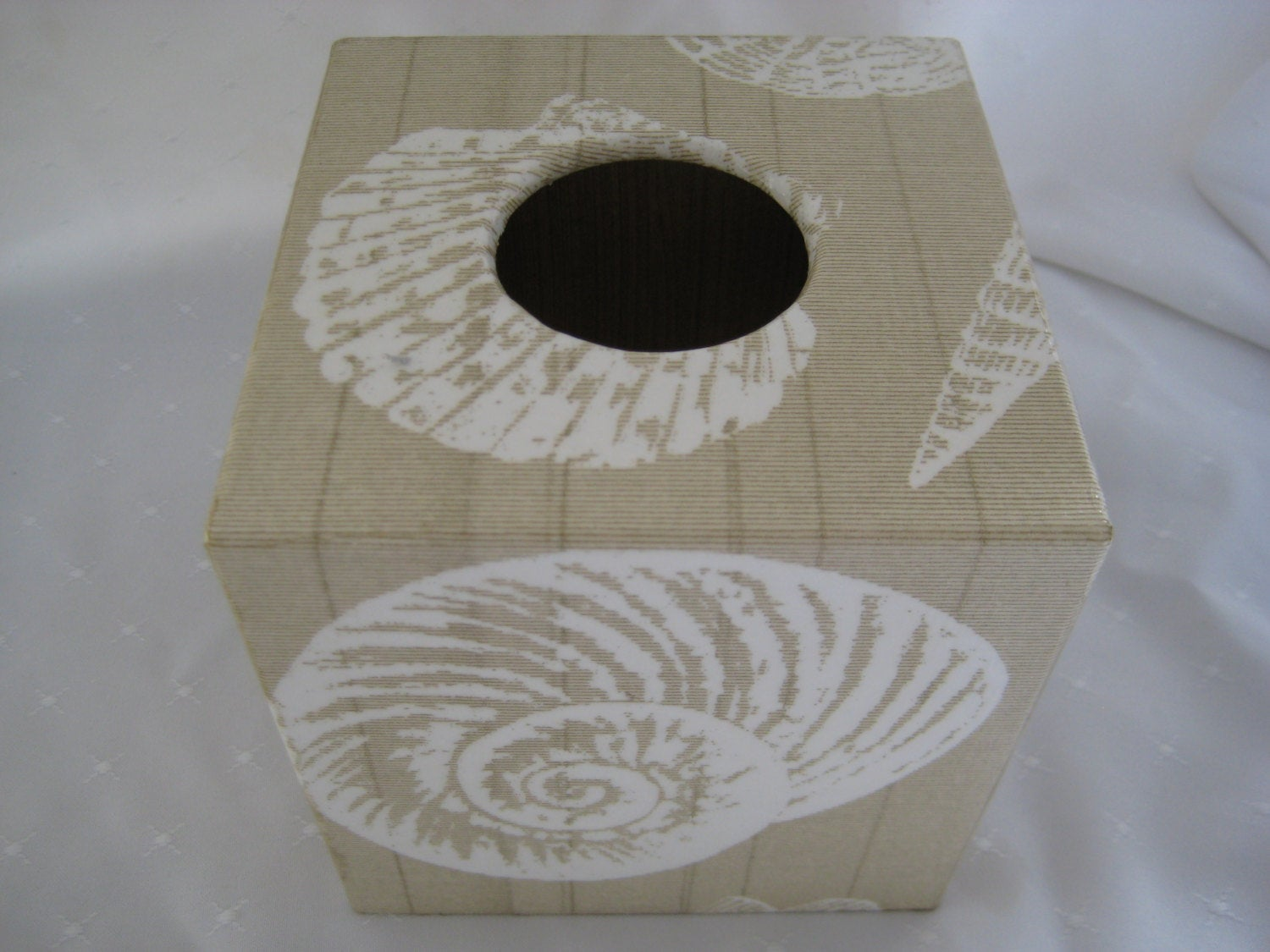 Cream Shell Tissue Box Cover - Handmade