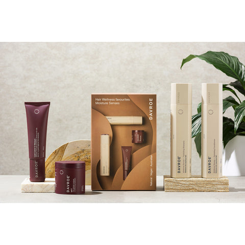 Davroe Moisture Senses Quad Pack (Shampoo, Conditioner and 2 Treatments)