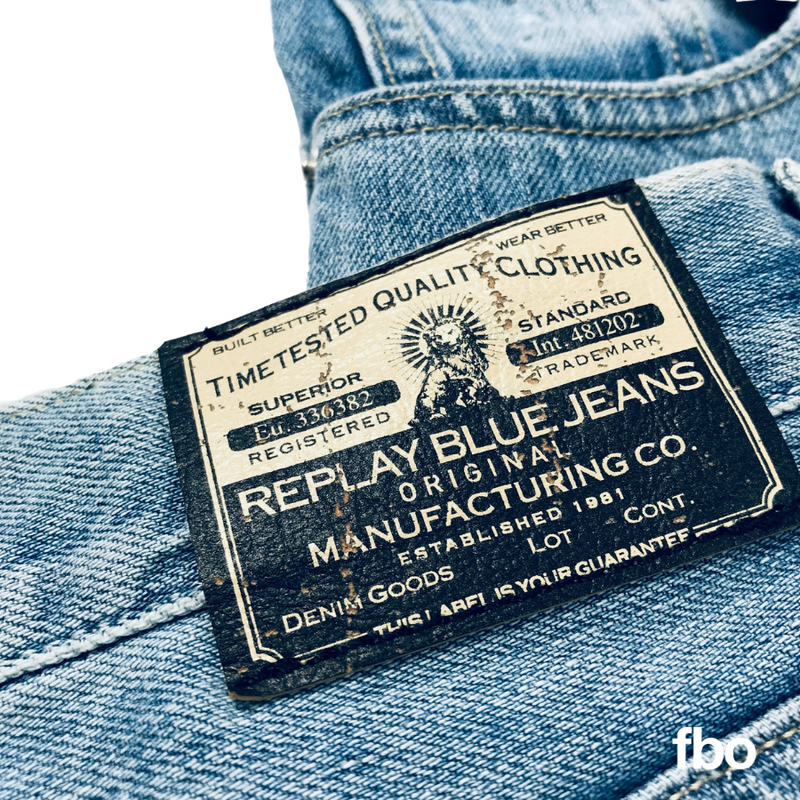 replay-jeans-label