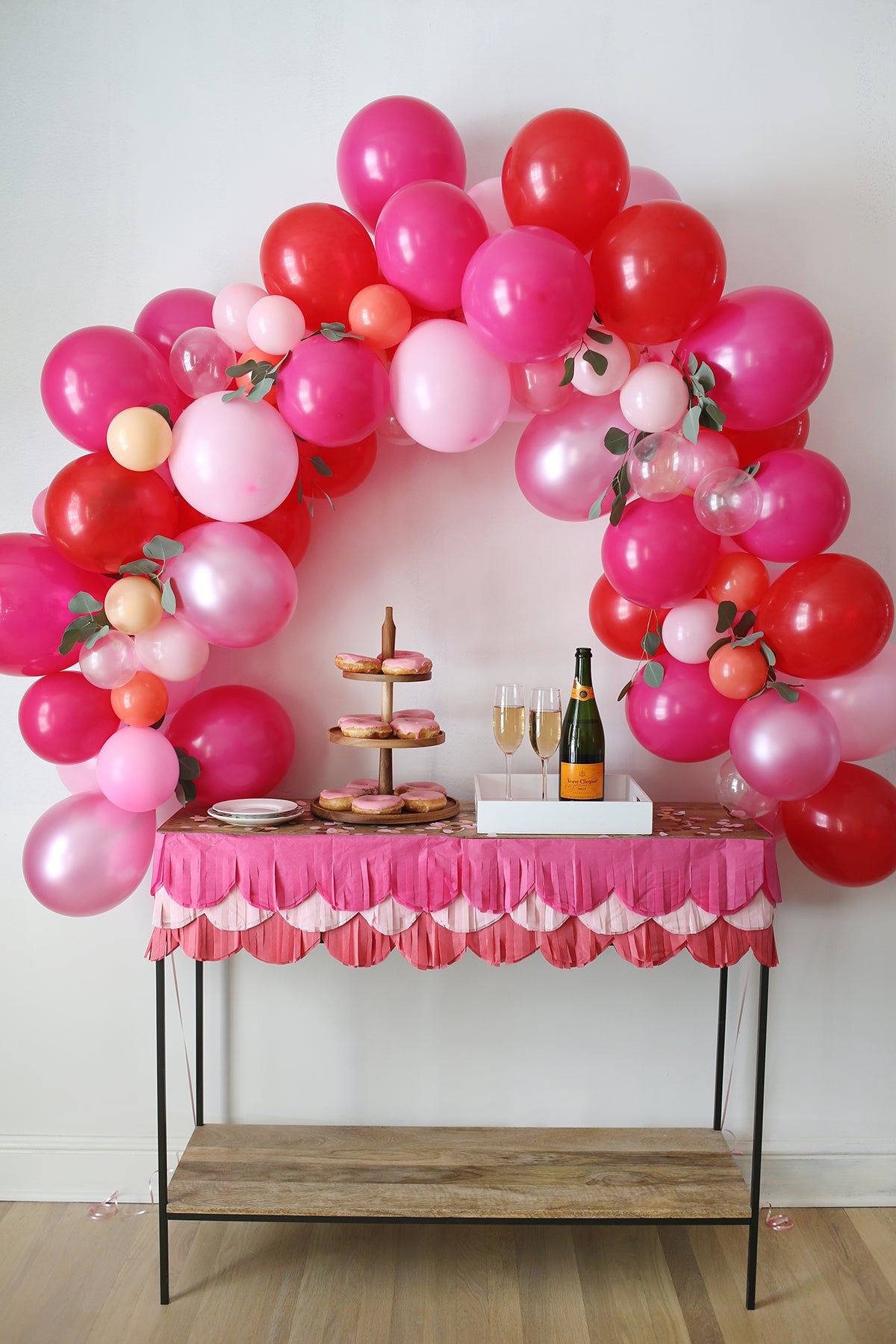Balloon Arch | Party Trends | Kate Aspen