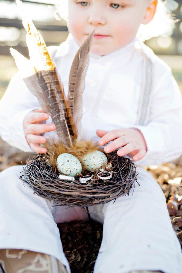Bird nest for ring bearer | Andie Freeman Photography