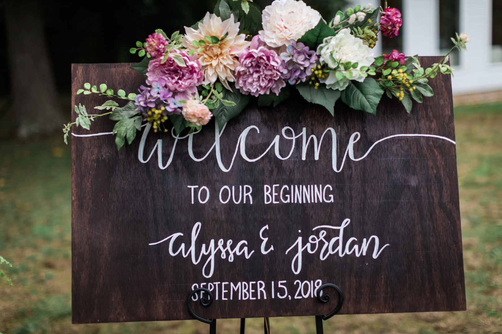 Welcome Sign | Elegant Outdoor Fall Wedding | Kate Aspen