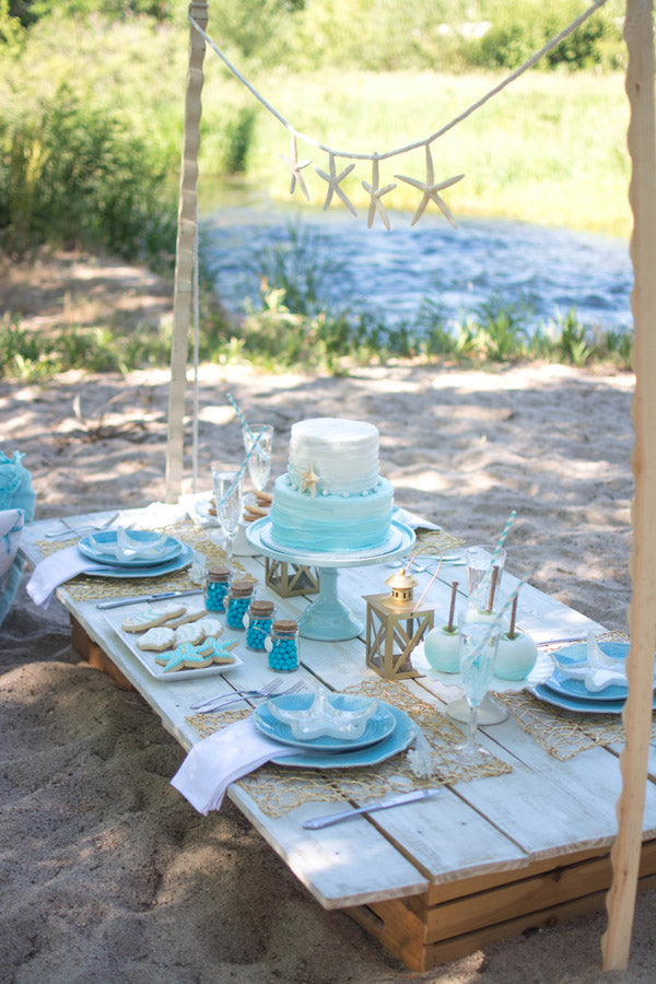 8 Of The Most Amazing Bridal Shower Ideas We Ve Ever Seen Kate Aspen