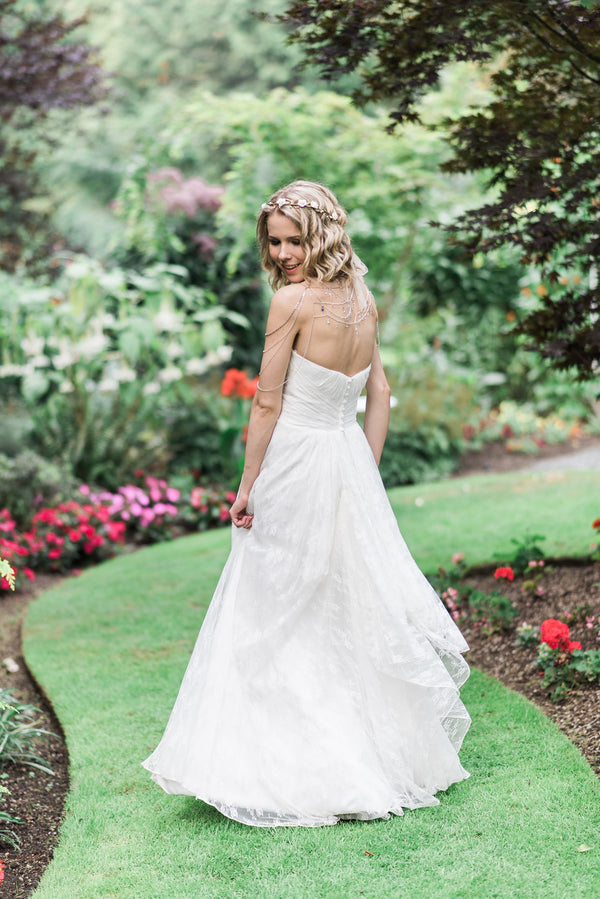 Beautiful Bride | Blissful Garden Wedding Details | B. Jones Photography