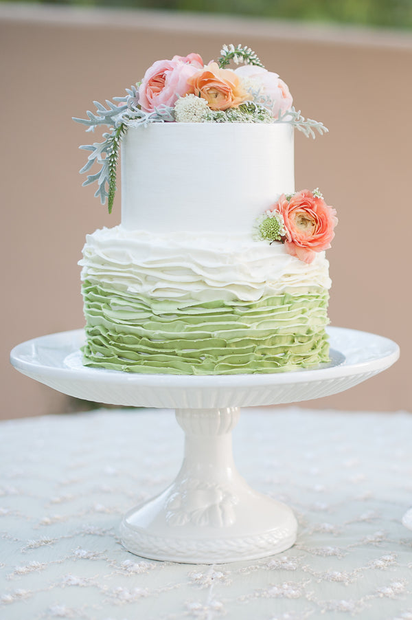 Two-tiered Green, White and Blush Wedding Cake | Garden Wedding Shoot | Leslie Ann Photography | @kateaspen