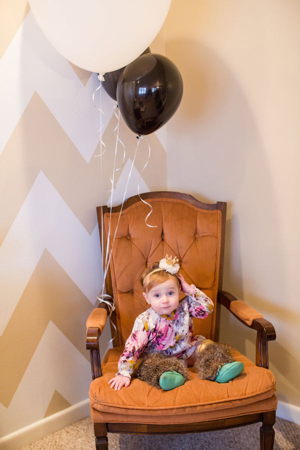 Birthday Girl in Chair | First Birthday Party | Katie Woody Photography
