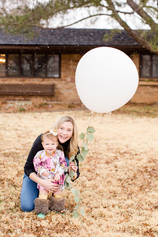 Birthday Girl and Mommy | First Birthday Party | Katie Woody Photography