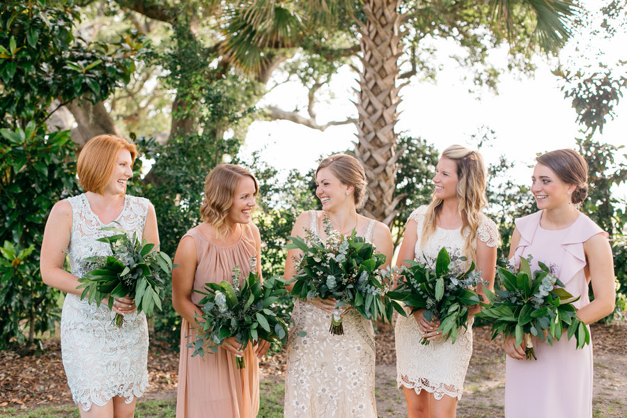 Natural Bouquets | Outdoor Botanical Wedding | Riverland Studios | Kate Aspen