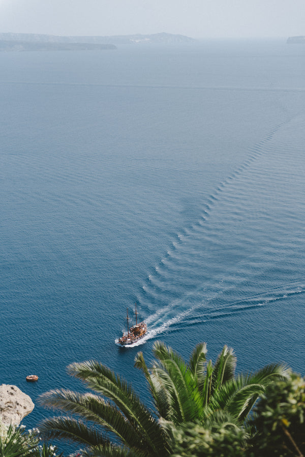 Boat in Water | Santorini Destination Wedding | Vasilis Lagios Photography