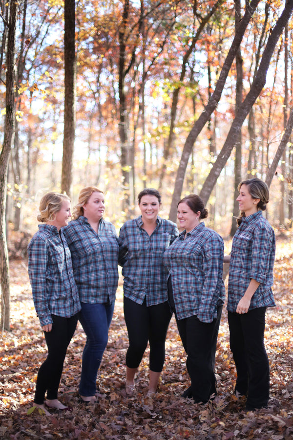 Bridal Party in Flannel | ImpressionsPhotography | A Flannel Filled Fall Wedding | Kate Aspen