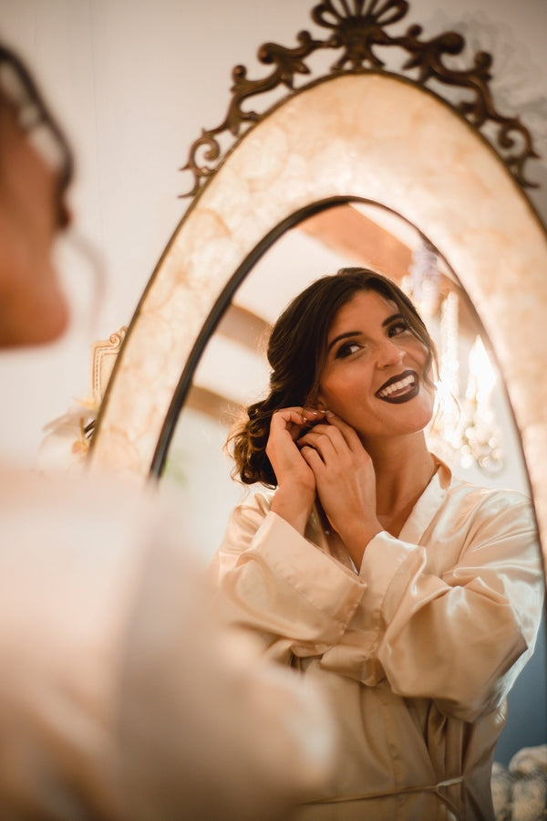 Bride Getting Ready | Winter Winery Wedding | Amy Millard Creative Studio