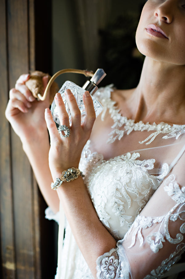 Bride Spritzing Perfume | Vintage Details for a Downton Abbey Inspired Wedding | HRM Photography