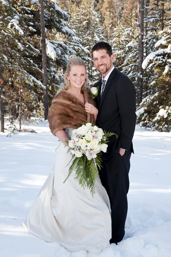 A Winter Wonderland Wedding in the Mountains  | Tana Photography | IDoWED McCall | @kateaspen