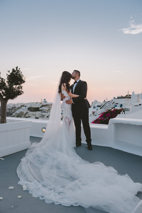 Bride and Groom at Sunset | Santorini Destination Wedding | Vasilis Lagios Photography