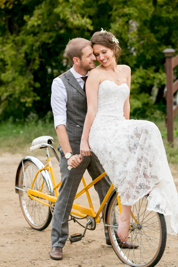 Bride and Groom on Bicycle | Elegant Barn Wedding | Jeannine Marie Photography