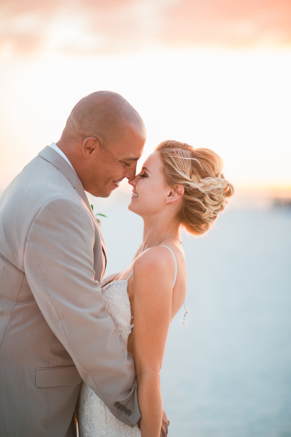 Bride and Groom | Kennedy Grace Photography | Tips for the Perfect Beach Wedding | Kate Aspen
