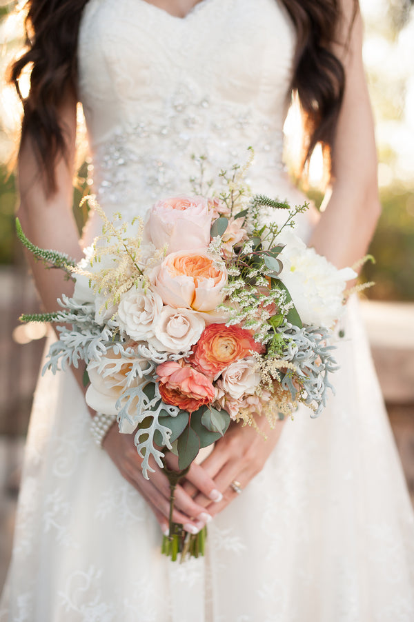 Bride's Handpicked Bouquet  | Gorgeous Garden Wedding Shoot | Leslie Ann Photography | @kateaspen