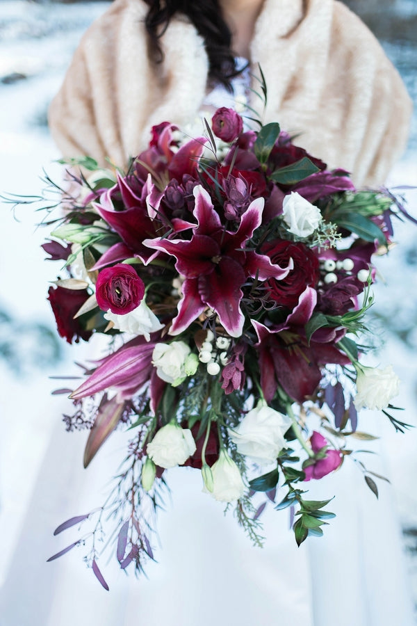 Marsala Bouquet | Burgundy Wedding Bouquet | Ravishing Red Winter Wedding | Soft Elegance Photography