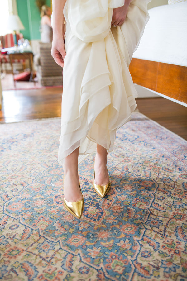 Bride's Gold Heels | Peachy Pink Wedding in Historic Charleston | Priscilla Thomas Photography