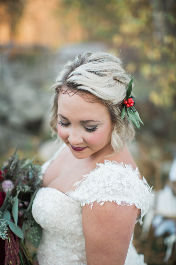 Natural Vine and Holly Crown | Wine Inspired Fall Wedding | Brooke Ellen Photography