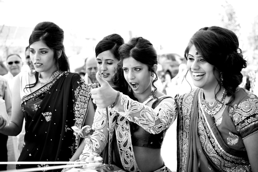 Bridesmaids | Hindu Chinese Wedding | HRM Photography