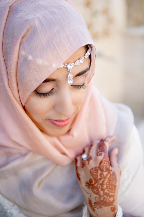 Closeup of Bride | Fusion South Asian Wedding | Paris Mountain Photography