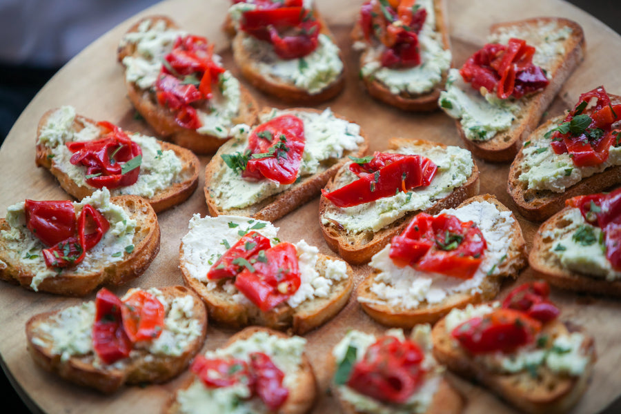 Wedding Crostini Appetizers | Mark VanDonge Photography