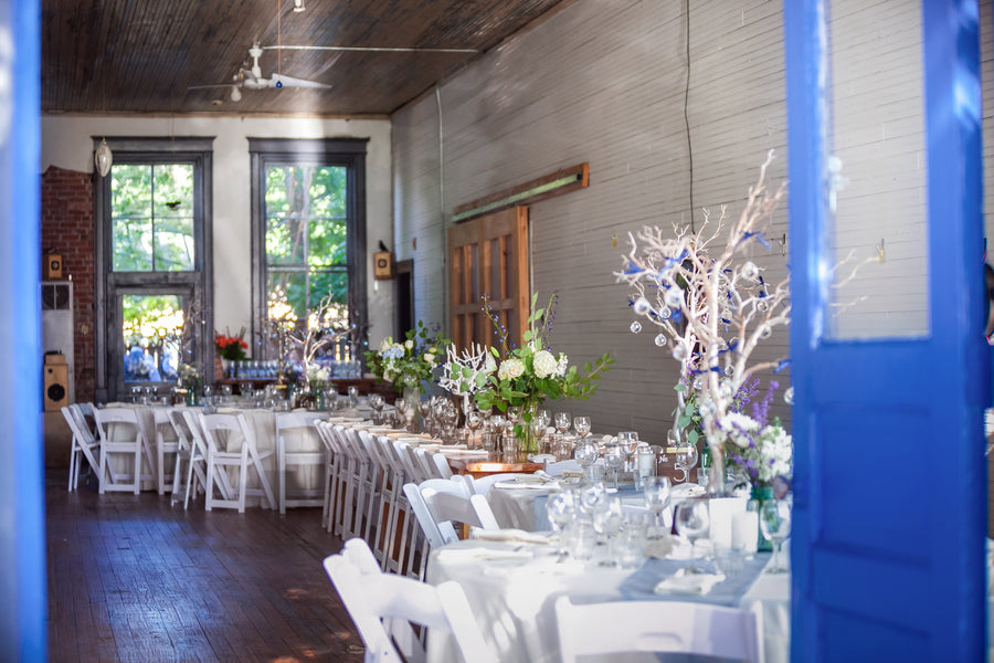 Casual wedding at Jimgermanbar | Mark VanDonge Photography