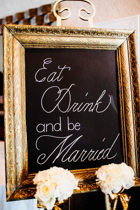 Eat, drink, and be married sign | Derk's Works Photography