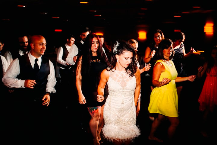 Crowd dancing at wedding reception | Derk's Works Photography