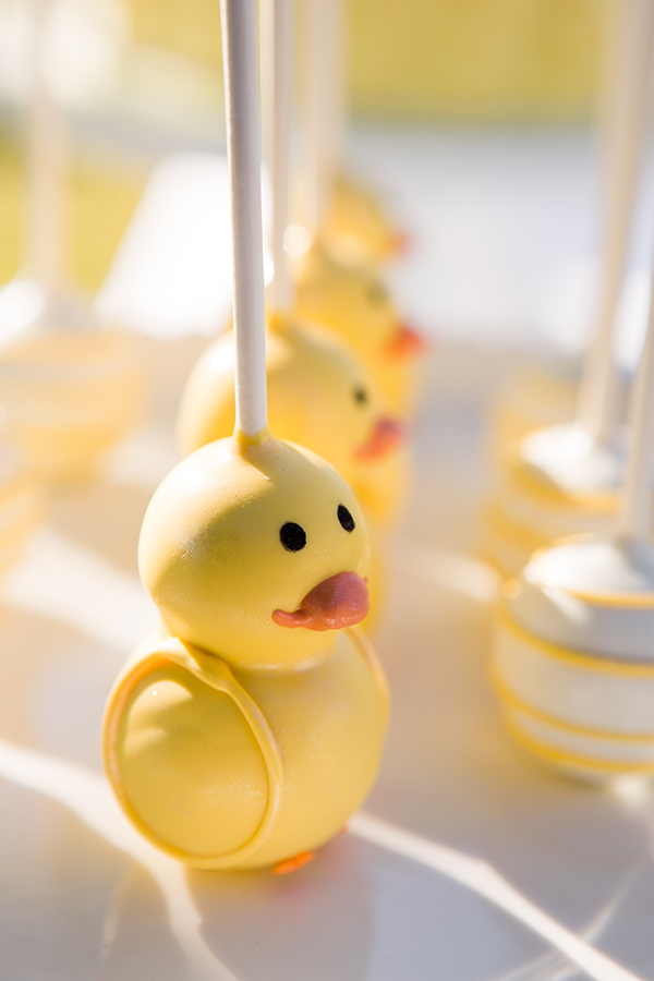 Cute cake pops | Little Duckling Adoption Party by Sweet Georgia Sweet