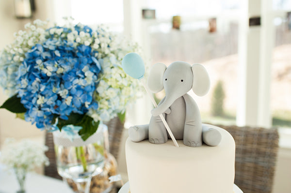 Cute Elephant Cake Topper | Alyssa Renee Photography