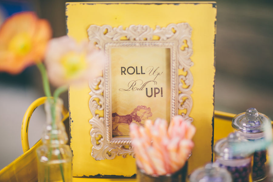 Carnival wedding candy bar sign | Photograhpy: Prue Franzmann Photography | Styling: Enchanted Empire
