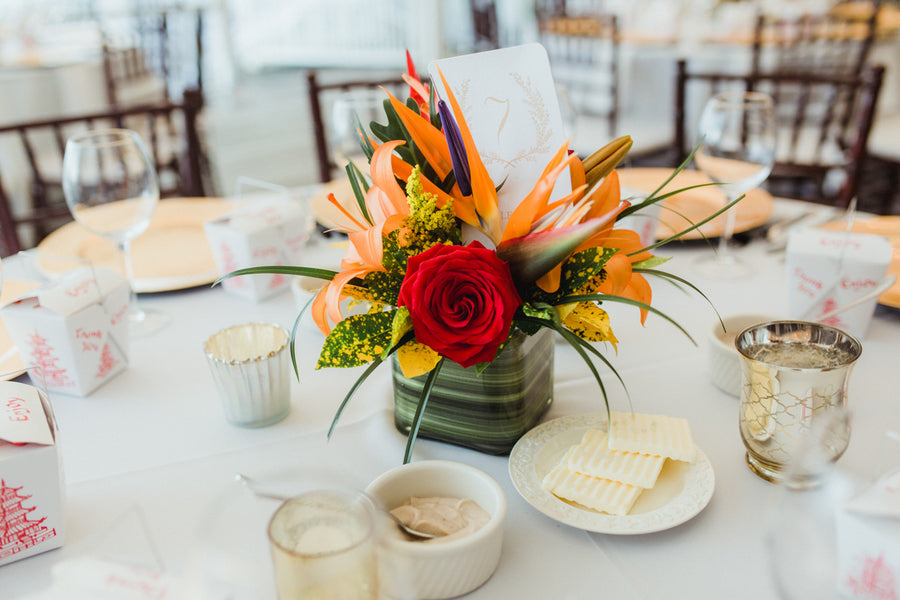 Floral Arrangement | Southern Charm Meets Tropical Paradise | Kristen Browning Photography