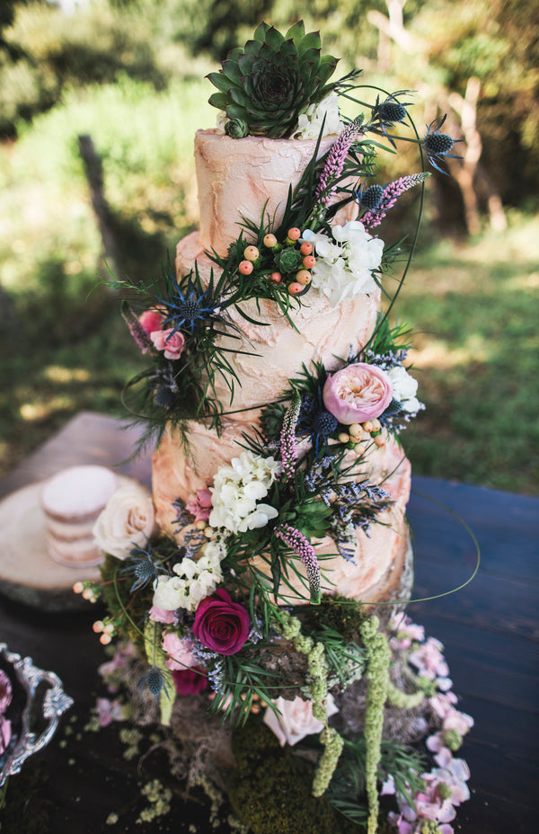 Floral Wedding Cake | Details For The Perfect Floral Wedding | Kate Aspen