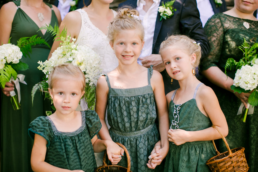 Flower Girls | A Green and White Garden Wedding | Jeannine Marie Photography